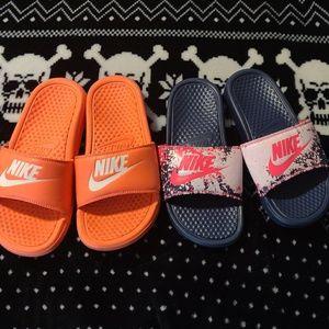 Nike sandals bundle